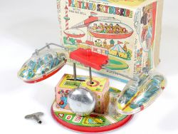 Mukesh Toys PlayLand SkyBus Ride Wind-Up Toy Tin Blech Kirmes OVP