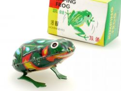 MS 082 Jumping Frog springender Frosch Blech älteres China OVP SG
