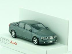 Busch Audi A4 3.0 quattro 5-Gang Schaltgetriebe Limousine 1/87 OVP
