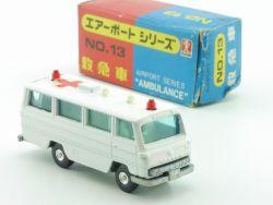 Bandai No.13 Airport Series Ambulance Krankenwagen MIB OVP