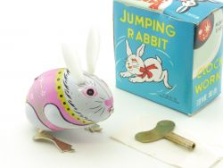 MS 083 Jumping Rabbit moving eyes Hase Blechspielzeug China OVP SG