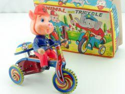 MTH Animal on Tricycle Pig Police Polizei tin toy Japan OVP MIB