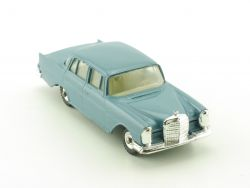 Dinky 186 MB Mercedes 220 SE W 111 original nearest mint!