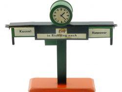 Bing? Fahrtrichtungsanzeiger Blech Uhr schön Spur 0 30er?
