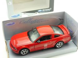 Welly 22464 2005 Ford Mustang GT Rot 1:24 Modellauto OVP