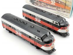 Märklin 3062 USA Doppellok F7 New Haven mit Ergänzungsteil 4062