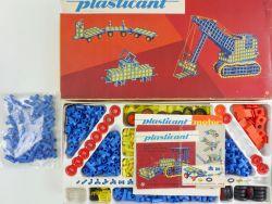 Plasticant 1 090 143 Plaste Baukasten VEB DDR Anleitungen  OVP