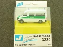 Viessmann 3230 Mercedes Sprinter Polizei Beleuchtung lesen! OVP