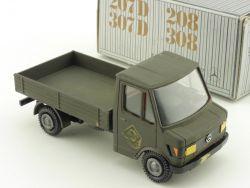 Conrad 3062 Mercedes 207 D 307 D 208 308 umlackiert Militär OVP