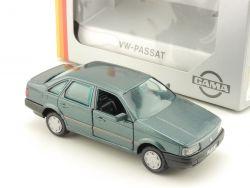 Gama 1177 mini VW Passat Grün 1988 4-türig 1:43 TOP! OVP