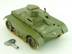 Gescha 65-4-W Panzer Manövrier Tank Blechspielzeug Uhrwerk