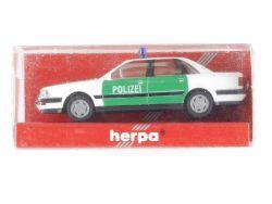 Herpa 043588 Audi V 8 Polizei Modellauto 1:87 NEU! OVP