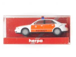 Herpa 044004 Audi A4 Notarzt Modellauto 1:87 NEU! OVP