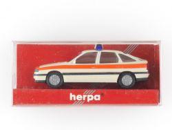 Herpa 041713 Opel Vectra Schrägheck Notarzt 1:87 NEU OVP