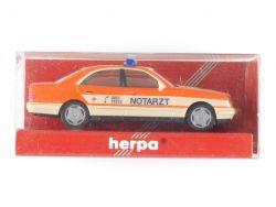 Herpa 043892 MB Mercedes E 200 Limousine Notarzt Passau 1:87 OVP
