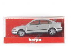 Herpa 032209 VW Passat 1996 Limousine silber 1:87 NEU! OVP