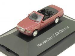 Herpa B66005615 167116 MB E 320 Cabriolet Dealerbox Vitrine OVP