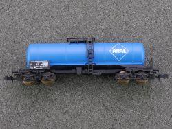 Roco 24028 Kesselwagen 4-achsig Aral 076 5 354-4 SW N lesen