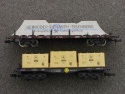 2x Güterwagen Minitrix Plane Gienanth Arnold Mercedes Motor