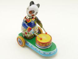 MS 565 Drumming Animal Panda Uhrwerk Blechspielzeug China