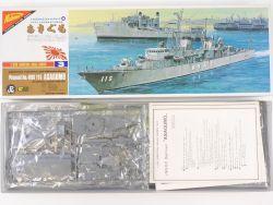 Nichimo U-2003 JMSDF Asagumo DDK-115 1/200 kein Motor! OVP