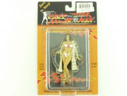 Fast Women 401 Mitzi Cold Cast Resin Sexy CarBabe Figur 1:18 OVP