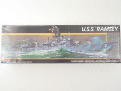 Monogram 3011 US Navy Zerstörer USS Ramsey ca. 1/315 NEU! OVP