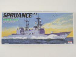 ARII US Navy Destroyer Zerstörer Spruance 1/700 Model NEU! OVP