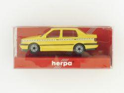 Herpa 181129 VW Vento Crashfahrzeug gelb Modellauto 1:87 H0 OVP