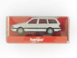 Herpa 3083 VW Passat Variant silber Modellauto 1:87 H0 TOP! OVP