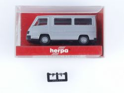 Herpa 041386 MB Mercedes 100 D Bus Silber Modellauto 1:87 OVP
