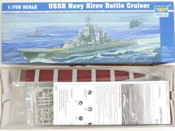 Trumpeter 05707 USSR Navy Kirov Battle Cruiser 1/700 Kit NEU OVP