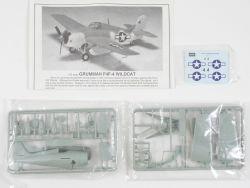 Academy 1650 Grumman F4F-4 Wildcat Kampflugzeug Navy 1:72