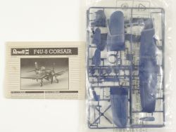 Revell 04143 F4U-5 Corsair Navy Kampfflugzeug Bausatz 1:72