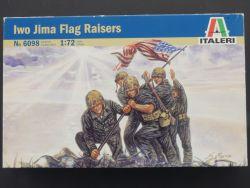 Italeri 6098 IWO Jima Fahnenheber Flag Raisers Figuren 1:72  OVP