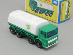 Matchbox 32 C regular wheels BP Petrol Tanker really NMIB OVP
