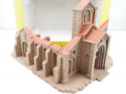 Noch 58606 Kirchenruine Fertigmodell Strukturhartschaum H0  OVP