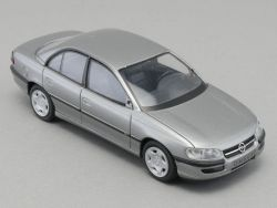 Schuco Opel Omega MV6 Werbemodell grau metallic 1:43 Lesen