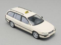 Schuco 04131 Opel Omega 2,5TD Taxi Caravan 1:43