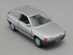 Gama 1001 Opel Astra F silber Werbemodell 1:43 schön!