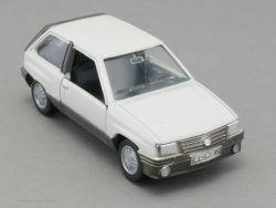 Gama 1159 Opel Corsa A SR Modellauto weiß 1:43 selten!