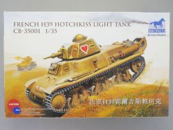 Bronco CB-35001 French H39 Hotchkiss Light Tank 1:35 NEU! OVP