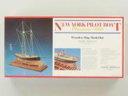 Model Shipways 2027 New York Pilot Boat Phantom 1868 Holz NEU OVP