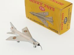 Dinky 737 Lockheed P.1B Lightning Fighter P-38 Box MIB schön OVP