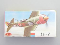 KP Plastikovy 6 Lavockin La-7 Propeller Jagdflugzeug  1:72 NEU OVP