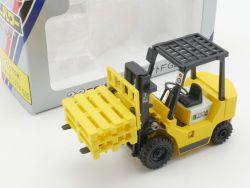 Shinsei TCM 22 FG25 Fork Lift Truck Gabelstapler 1:50 NEU! OVP