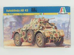 Italeri 7052 Autoblinda AB 43 Radpanzer Bausatz KIT 1:72 NEU OVP