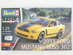 Revell 07652 Ford Mustang Boss 302 2013 Bausatz Kit 1:25 NEU! OVP