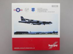 Herpa 559003 Boeing B-52H Stratofortress U.S. Airforce 1:200 OVP