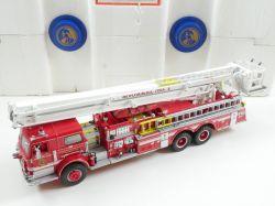 Franklin Mint Pierce Fire Engine Feuerwehr 1:32 Snorkel OVP